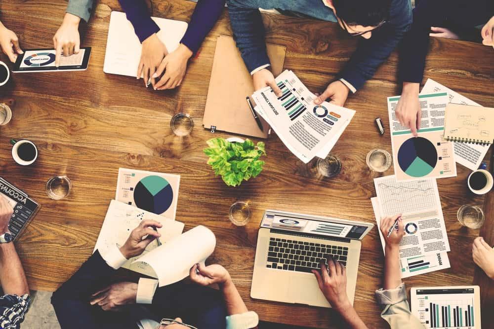Finanso-investera pengar och förbättra din privatekonomi
